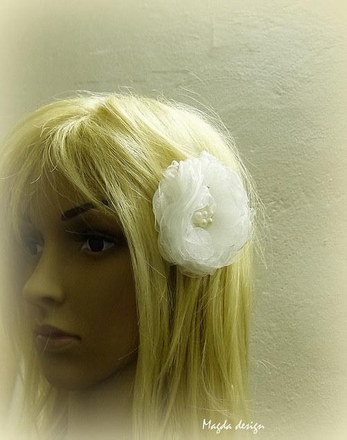 Květ do vlasů Flora