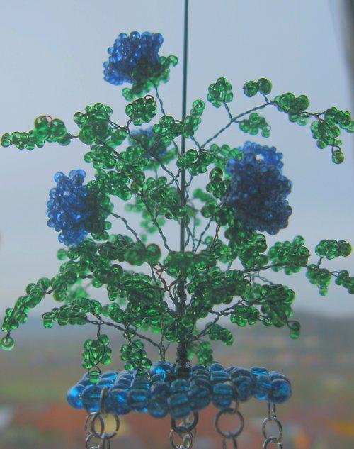 Růžičkový závěs modrý II