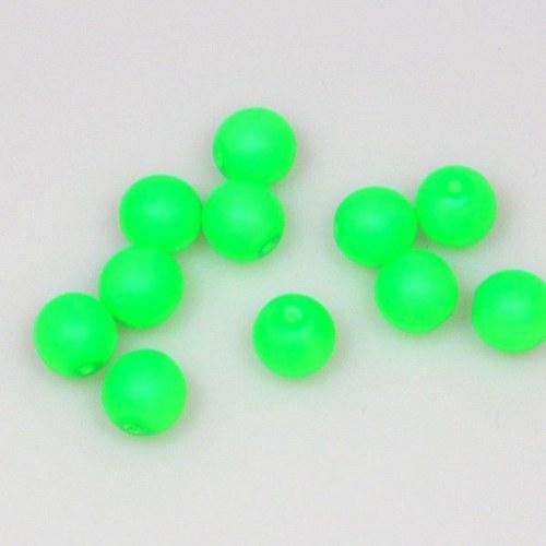 Neonové korálky 50 ks / 8 mm / zelené