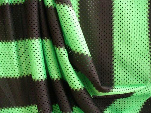 Zelené pásiky