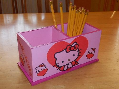 Dvojstojánek na tužky Hello Kitty