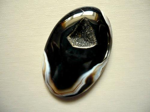 Kabošon - onyx 40 mm, č.8
