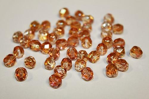 Broušené kuličky- 6mm- krystal/apricot -50ks- 21kč