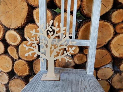 Dřevěný strom na šperky s lístečky