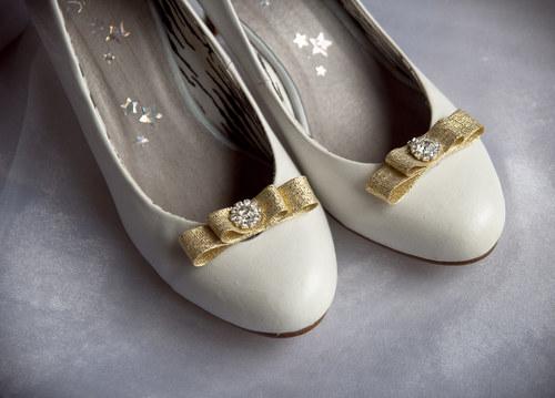 Klipy na boty zlaté