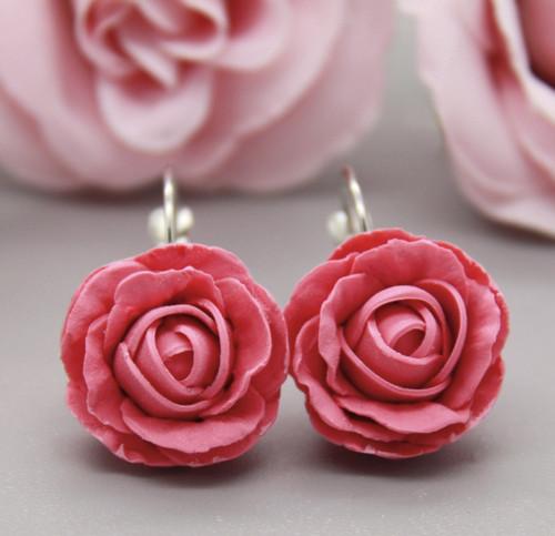 růže.. cvakačky 2 cm