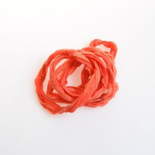 Hedvábná šňůrka úzká / světle oranžová
