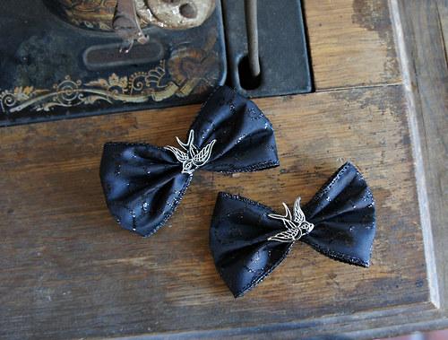Pin Up gothic vlastovky  masle/ klipy na boty