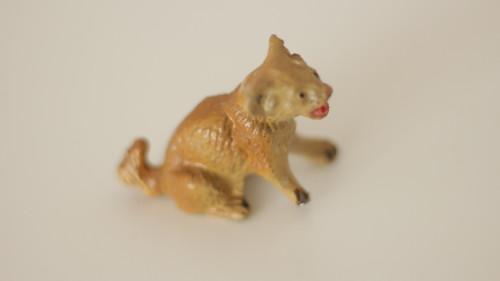 Starožitná hračka, hliněná zvířata lvíče