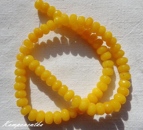 Korálky z Chalcedonu žlutého 5x8mm 4kusy