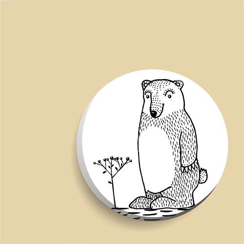 zrcátko - medvěd v borůvčí