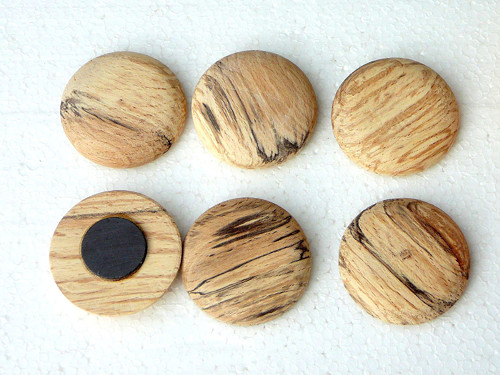 Dřevěná magnetka - kruhová - starý buk