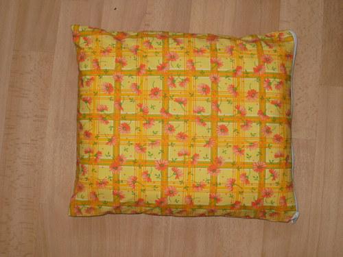 Pohankový ( špaldový ) polštářek - žlutá krása