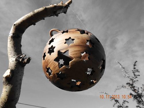 Závěsná svítící koule,výřez hvězdičky