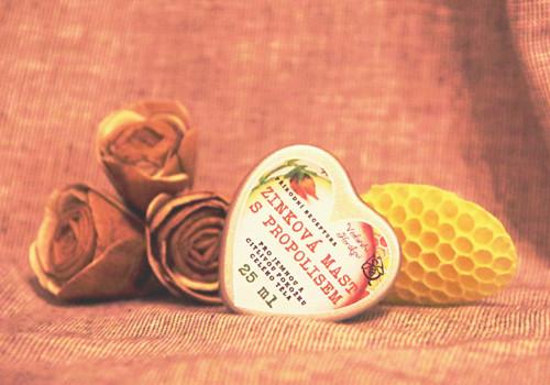 Zinková mast s propolisem srdíčko