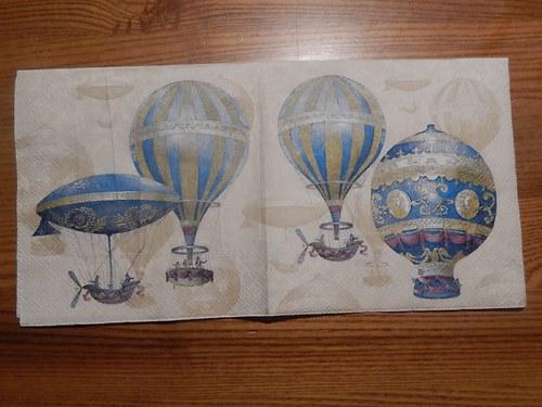Ubrousek na decoupage - balóny