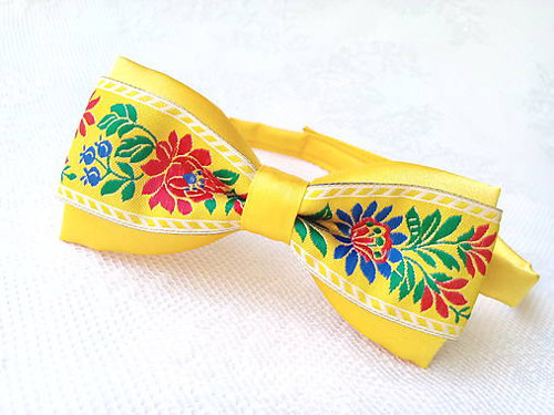 Slovak folklore bow tie (yellow)