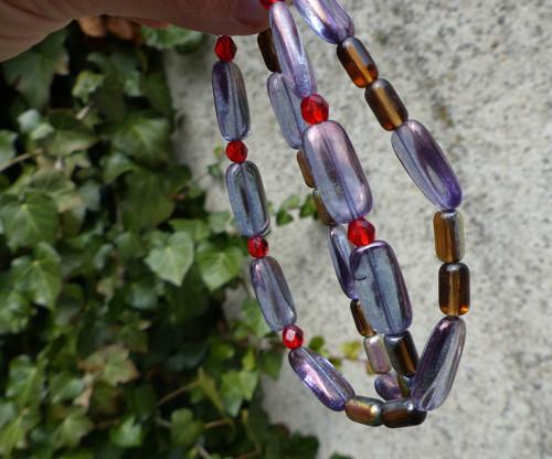 Nad duhou...skleněný náhrdelník, Jablonecko