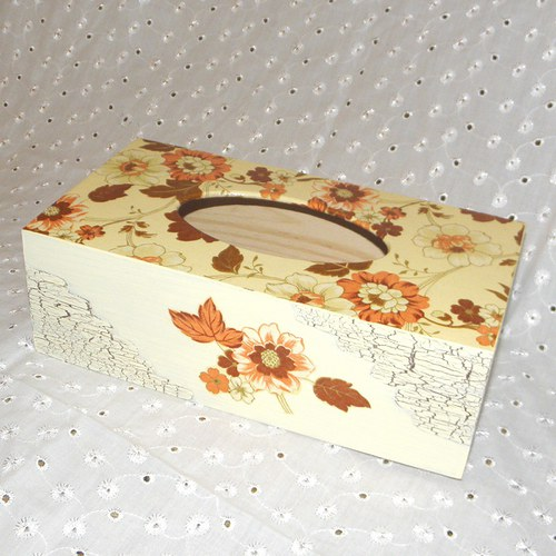 Krabička na kapesníky - květinová