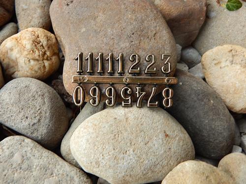 Nálepky čísla arabská zlatá