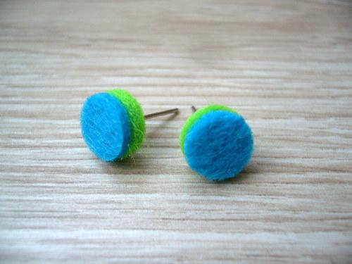 Zeleno-modré plstěné pecky