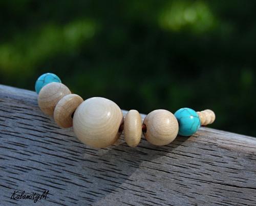 Léto - dřevěný náhrdelník s tyrkenitem