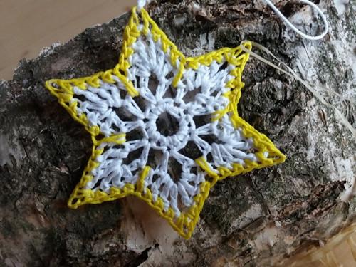 bílo -žlutá hvězdička