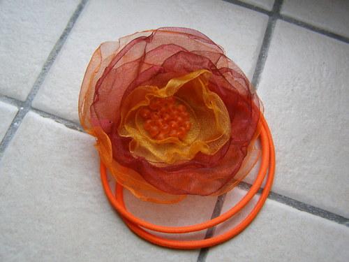 Oranžovo-červená čelenka