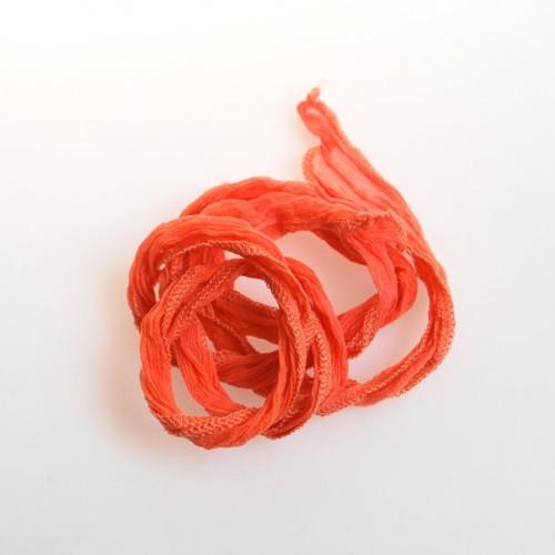 Hedvábná šňůrka široká / světle oranžová