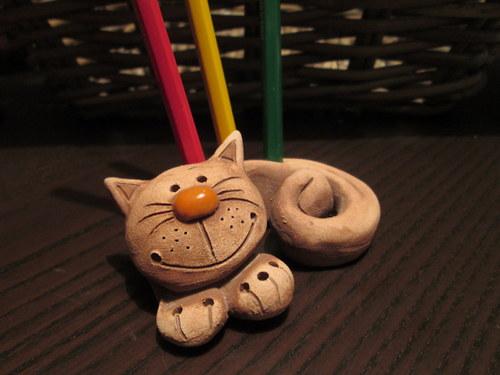 Stojánek na tužky - kočka