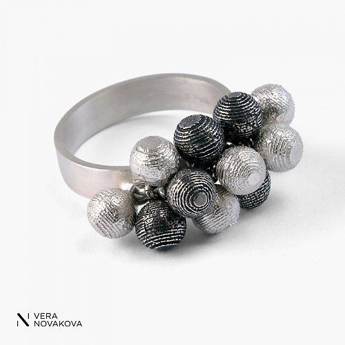 Prsten Kuličky malé - patinované stříbro
