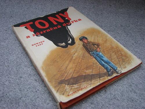 Tony a zázračná dvířka, Howard Fast, 1957