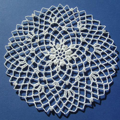 Pavučinka do lapače snů 5 - bílá s korálky