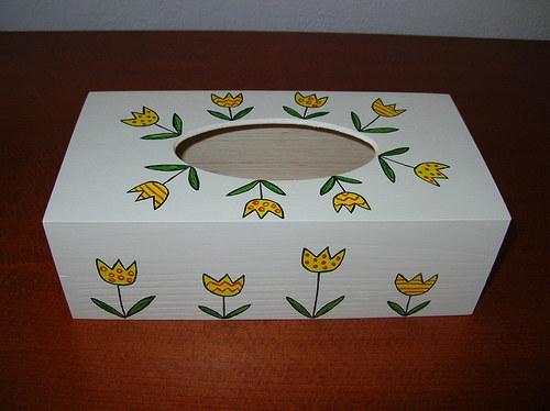 Krabička na kapesníky- tulipánová