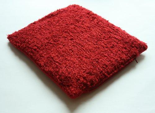 Pelíšek červený chlupatý