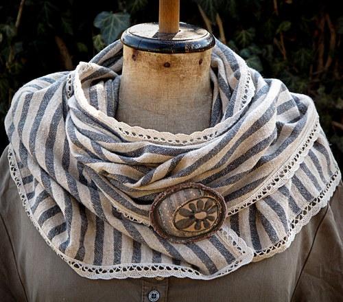 Lněný proužkový šál
