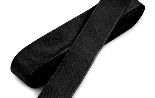 10 m taftové stuhy, barva černá
