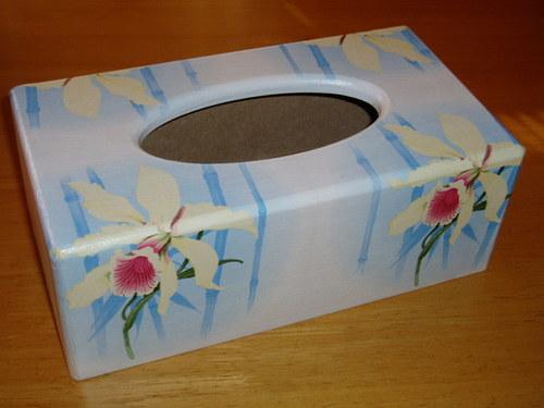 Krabička na kapesníky Orchidej na modrém