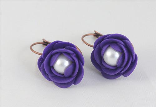 Květiny s perličkou - fialové
