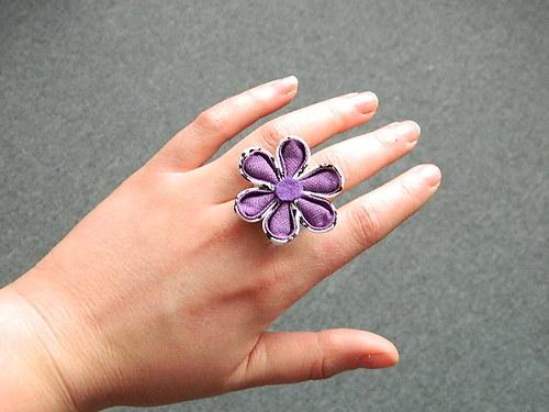 Fialkový prstýnek
