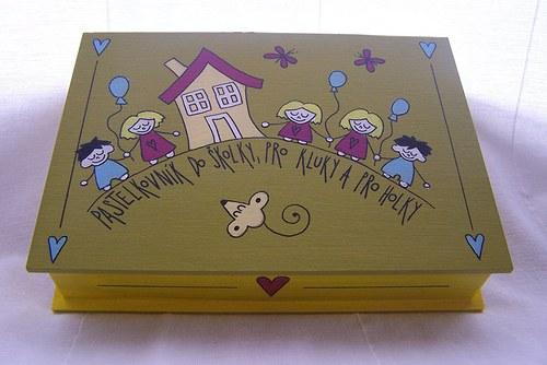 malovaná krabička do školky