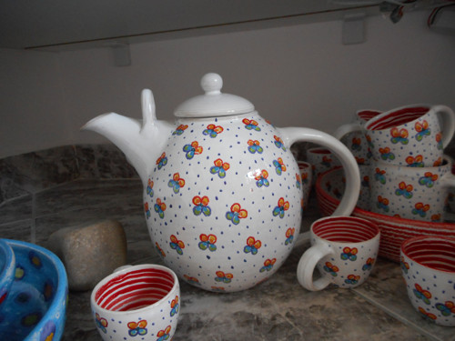 ...konvice na čaj velká - červené macešky...