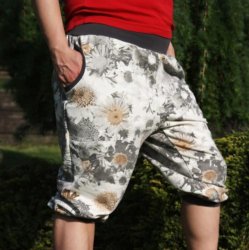 kalhoty s nízkým sedem