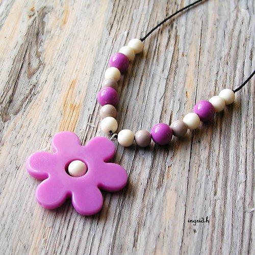 Náhrdelník Růžovofialkový květ sleva z 89,-