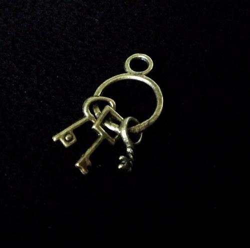 Vintage kovový svazek klíčků
