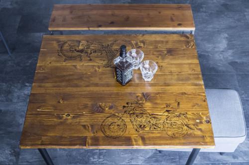 Jídelní stůl pro motorkáře - Old