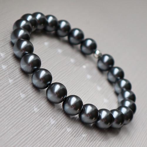 Perlový náramek - kovově šedá