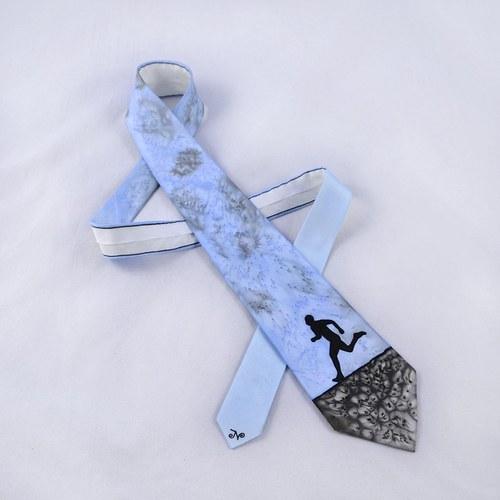 Hedvábná kravata s běžcem modro-šedo-černá