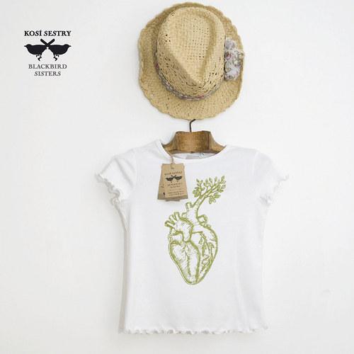Green heart... bílé triko vel 122... BIO bavlna