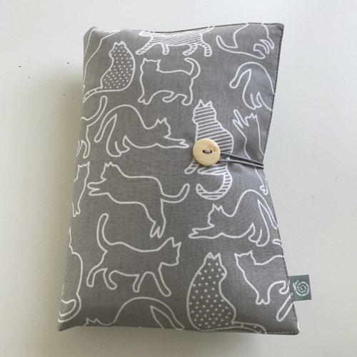Plenkovník 6v1 - kočky na šedé